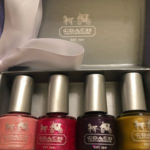 Brand New In Box Coach Set of 4 Nail Lacquers WOW